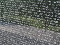 Image by Hu Totya of the Vietnam Veterans Memorial